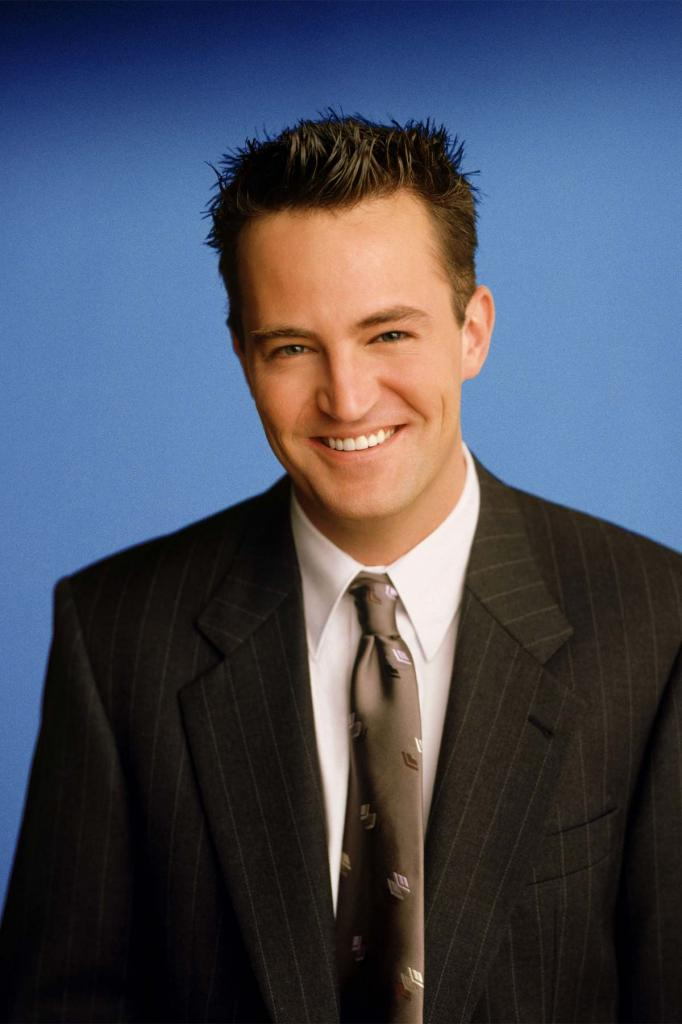 a biography of matthew c perry Matthew perry was born in williamstown, massachusetts, to suzanne marie (langford), a canadian journalist, and john bennett perry, an american actor.